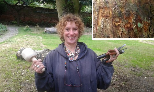 week for peace image - Peggy carving our Peace Pole