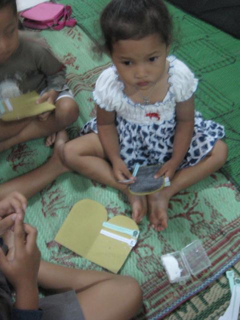 "Bahan Kreativitas Sekolah Minggu 2 September 2012 PIA Kumetiran ""10"