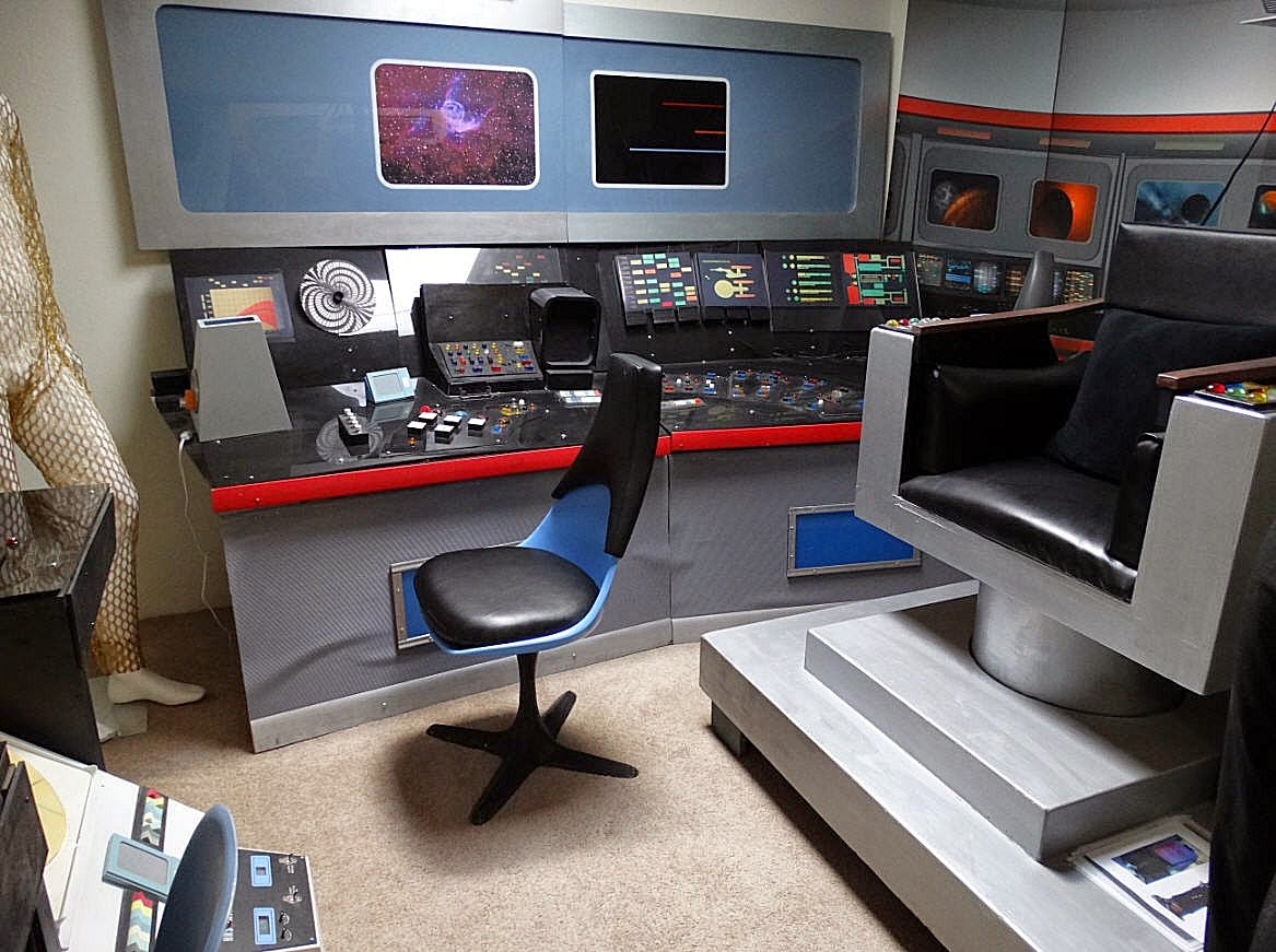 Star Trek Prop Costume Amp Auction Authority Simulated U S