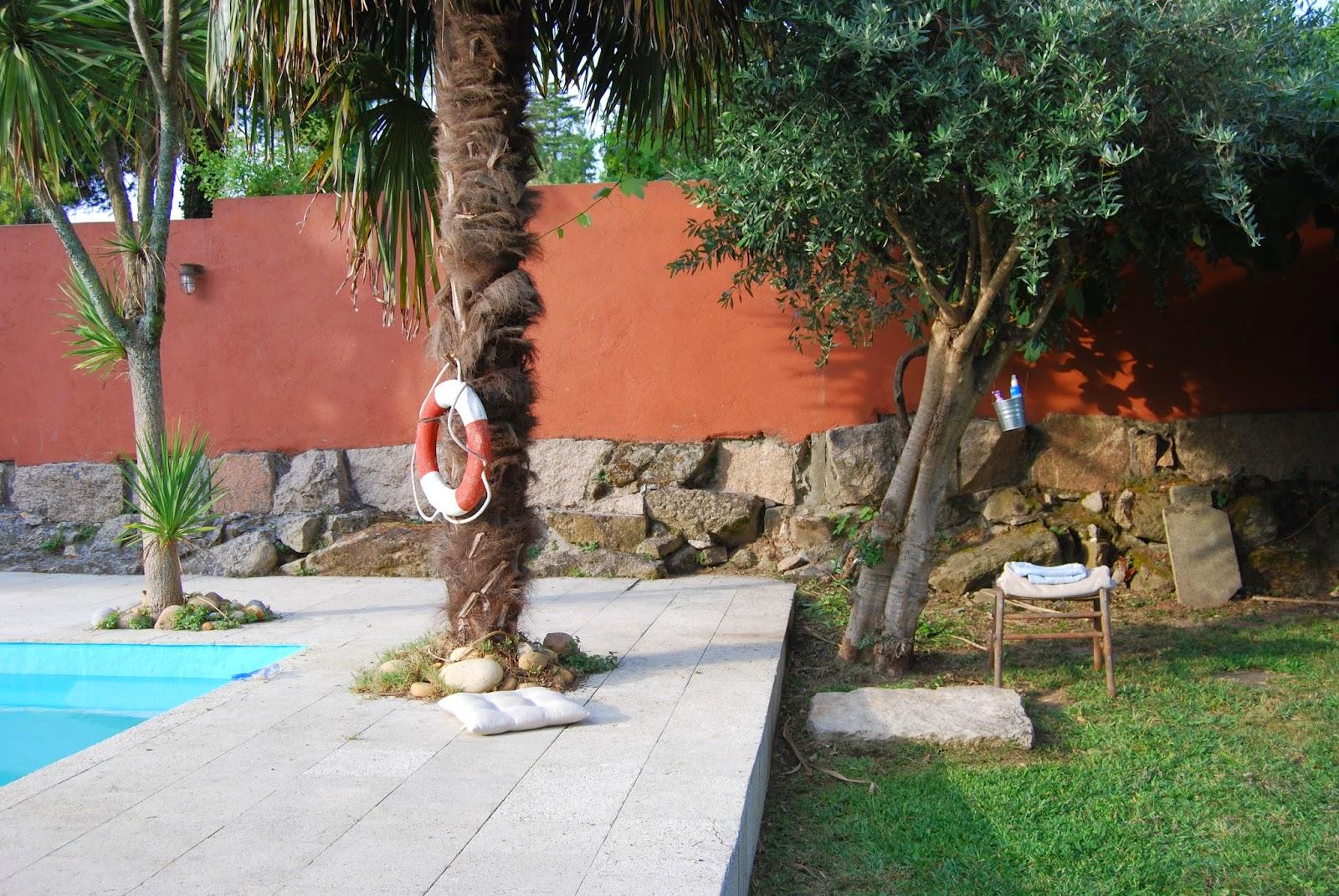 http://sosunnyblog.blogspot.com.es/2014/06/la-ducha-bajo-el-olivo-o-como-esconder.html