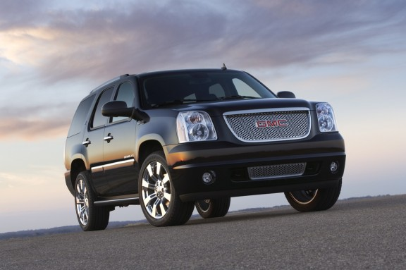 2012 GMC Yukon Denali in The World's Longest Yard Sale tour