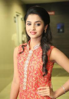 Actress Arthana Latest Stills 6.jpg