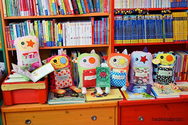 Monster im Bücherregal