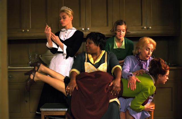 8 donne e un mistero