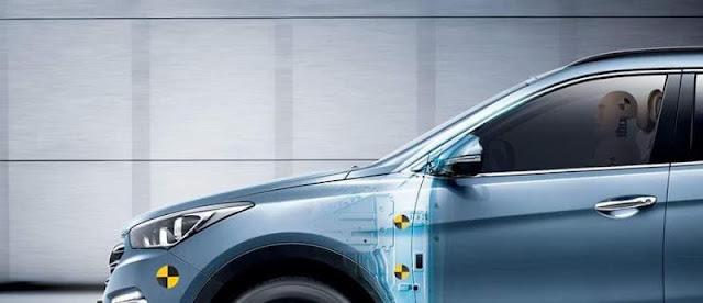 Tes Tabrakan Hyundai Santa Fe facelift