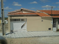Vende-se uma Casa em Várzea do Poço