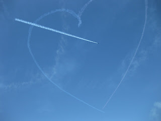 Three Patriot Jets trace a heart and pierce it, San Francisco, California