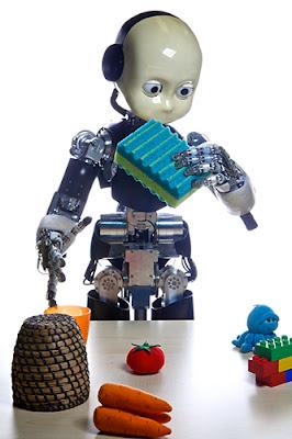 Robot iCub Istituto Italiano di Tecnologia (IIT)