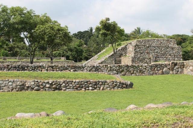 El Chanal y la Campana, Colima