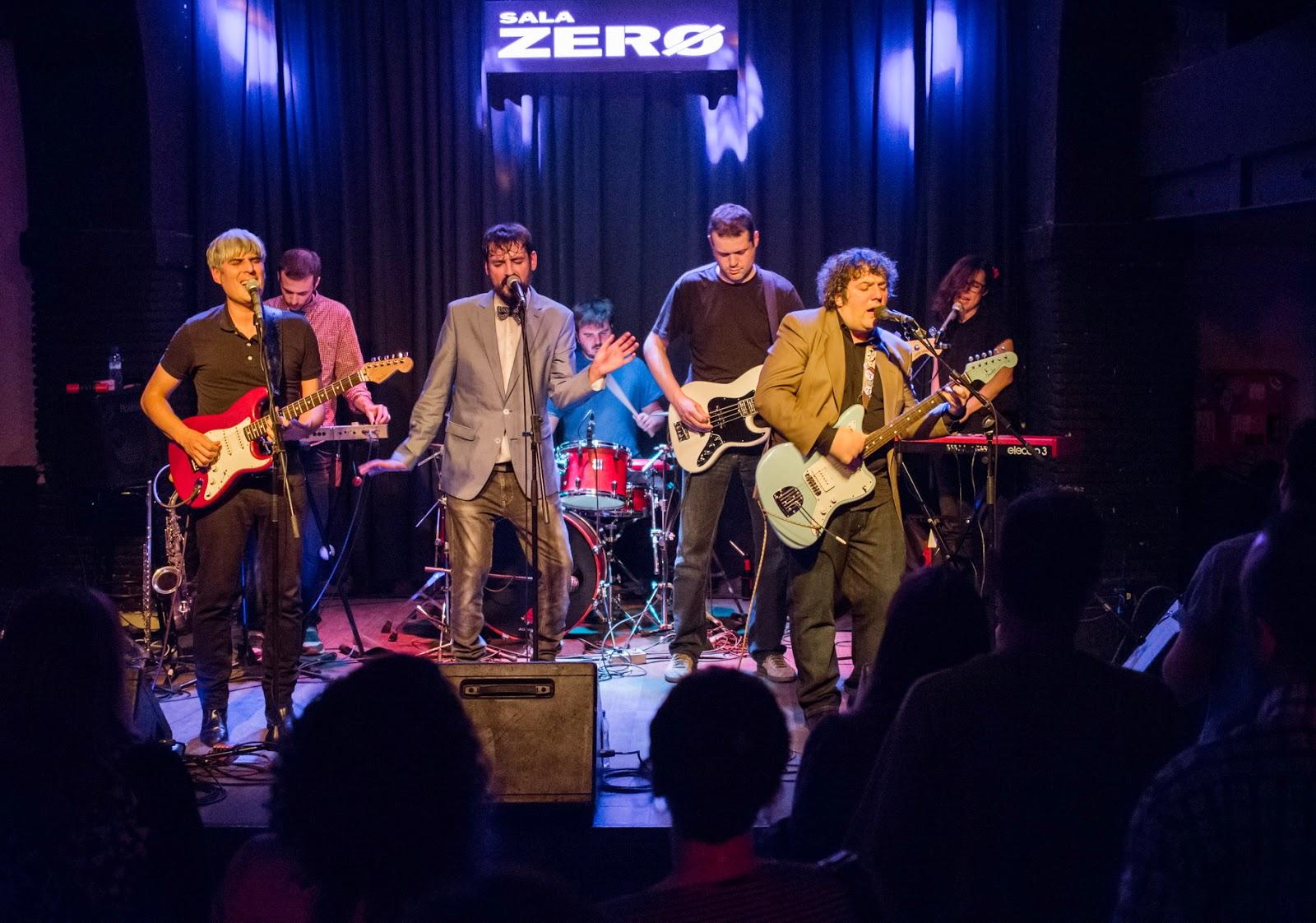 Cr nica la banda municipal del polo norte sala zero for Sala 0 tarragona