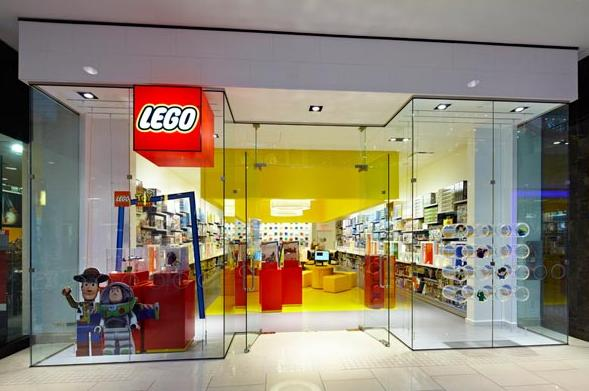 Shopping Aventura Mall Miami Lego