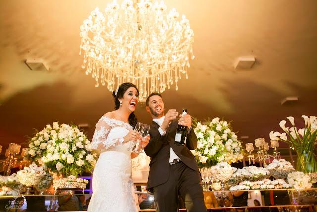 Fotojornalismo, casamento, post patrocinado, tiago galleone, fotos tradicionais, fotos espontâneas, padrinhos, madrinhas, tradicional, noiva, noivo, noivos, champanhe, mesa do bolo, gargalhada