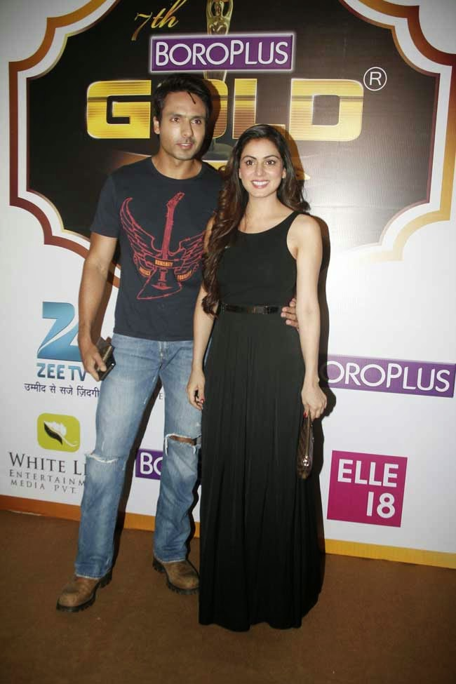 Mohammed Iqbal Khan with Wife Sneha Chhabra at 7th Zee Gold Awards 2014