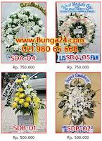 Standing Bunga Berkabung di Pemakaman
