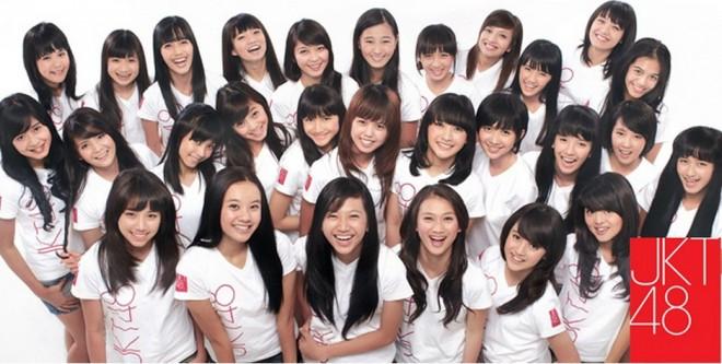 Foto Lengkap Anggota JKT48 Generasi Pertama :