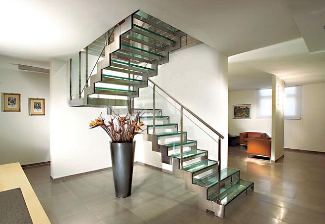 Home decorating ideas types of internal staircase - Escaleras modernas interiores ...