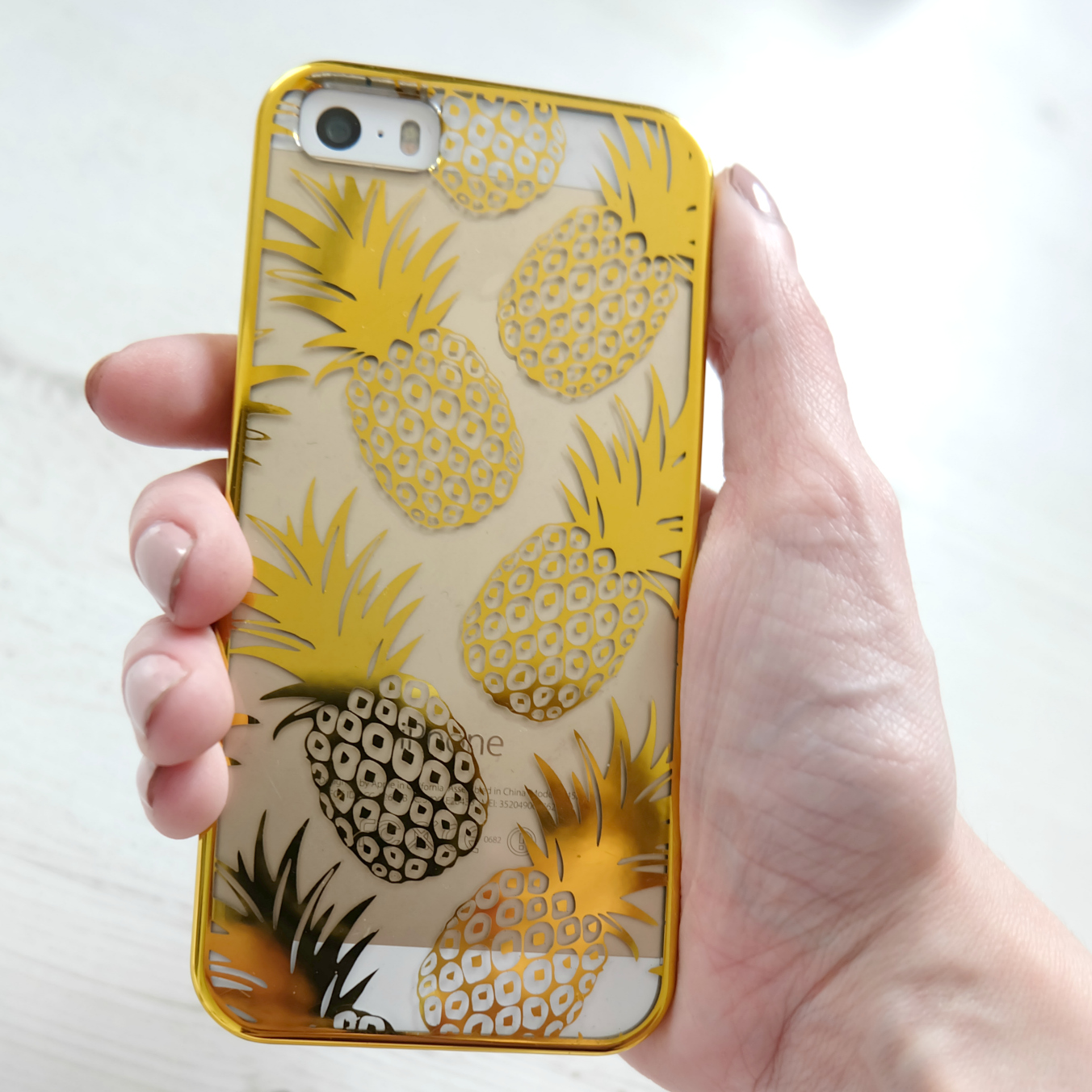 Skinnydip London Pineapple phone case