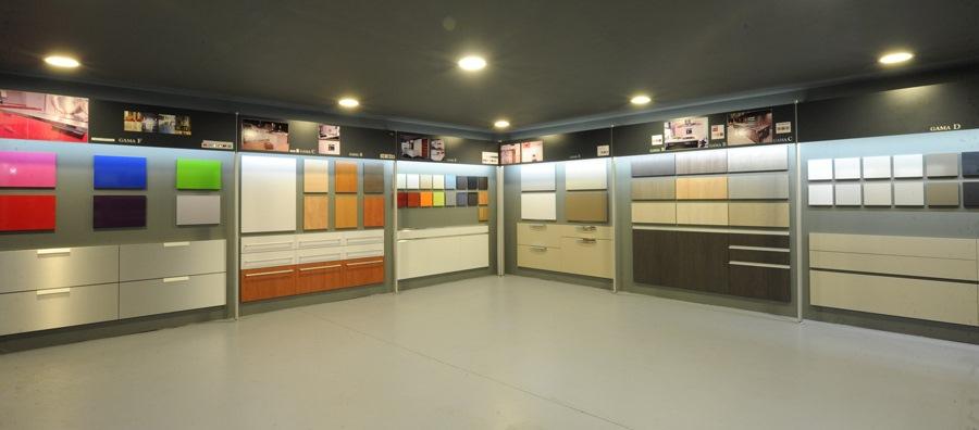 Tpc cocinas bienvenido al nuevo showroom tpc cocinas - Tpc cocinas sant boi ...