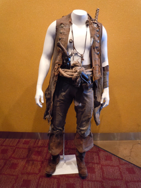 Pirates 4 Ian Mercer Zombie Quartermaster costume
