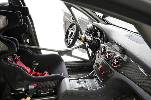 Mercedes-Benz CLA 45 AMG Racing Series Interior