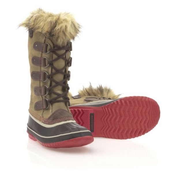 f809d637f5fb SOREL Footwear Searches for Fabulous and Fearless Women w  Twitter Contest