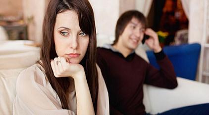 Para pakar mengemukakan alasan utama kenapa laki-laki berselingkuh Tujuh Alasan Pria Berselingkuh