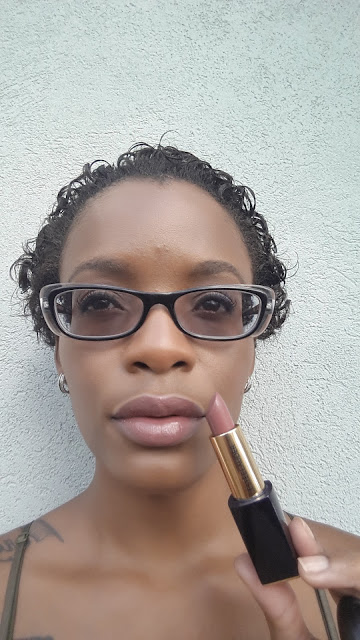 Estee Lauder Pure Color Envy Sculpting Lipstick 'Irresistible' swatch www.modenmakeup.com