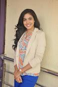 Ritu Varma latest glamorous photos-thumbnail-13
