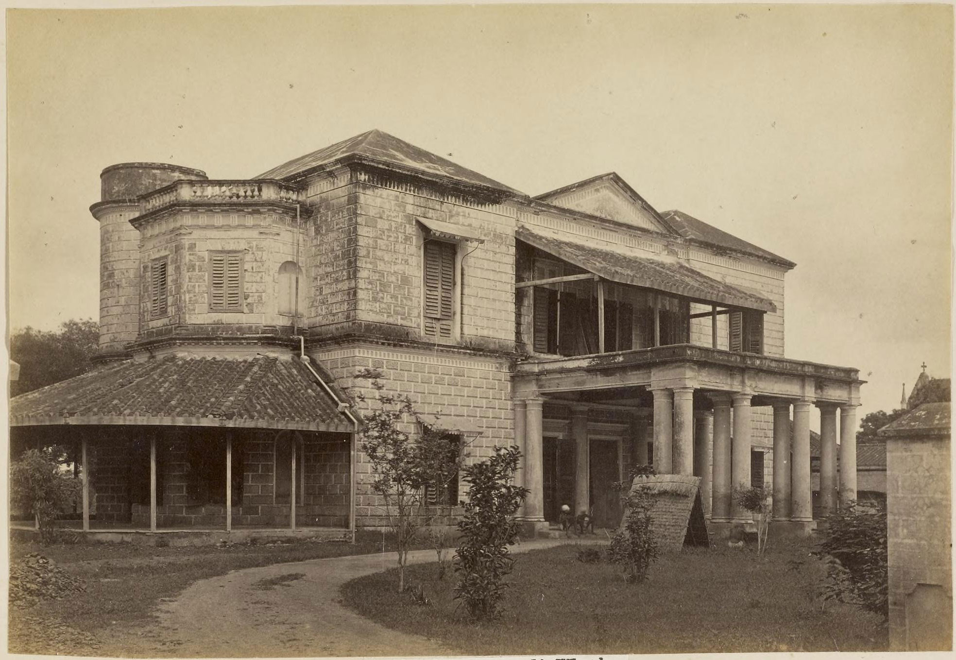 Kunkurwali kothe lucknow 1870 39 s old indian photos for Home architecture in lucknow