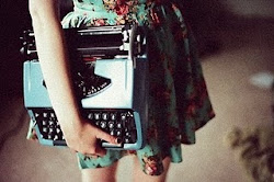 meu coração é uma máquina de escrever, é só você bater pra entrar na minha história.