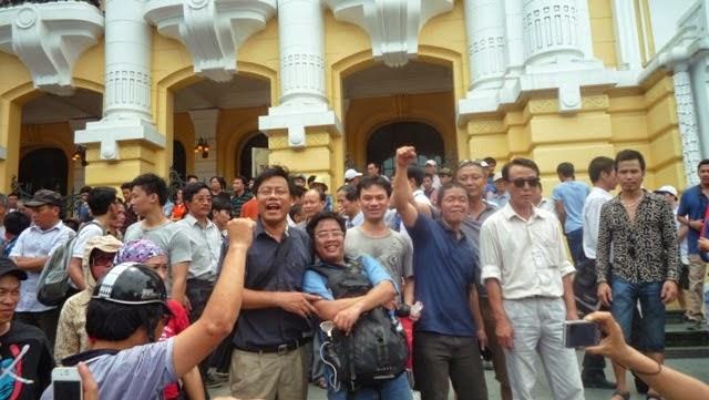 """Nguyễn Xuân Diện –""""lòng yêu nước"""" chỉ để thỏa mãn dục vọng cá nhân?"""