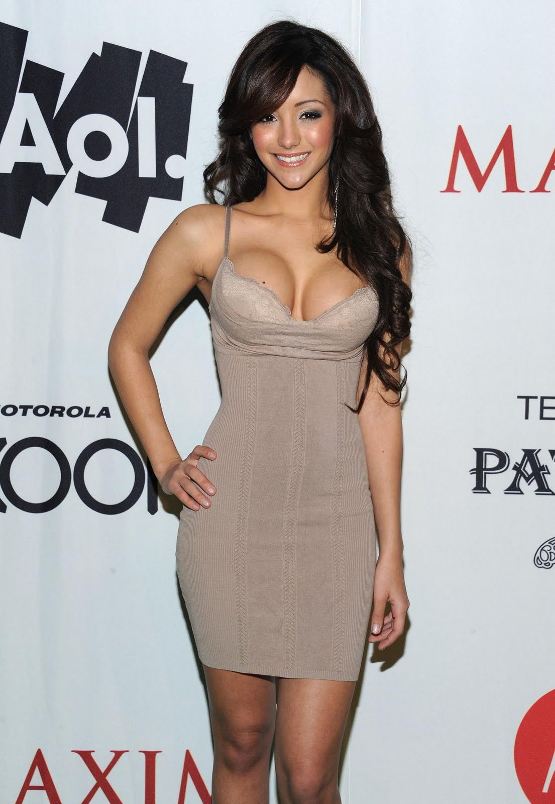 Celebhubs Indian Actress Photos Melanie Iglesias Hot