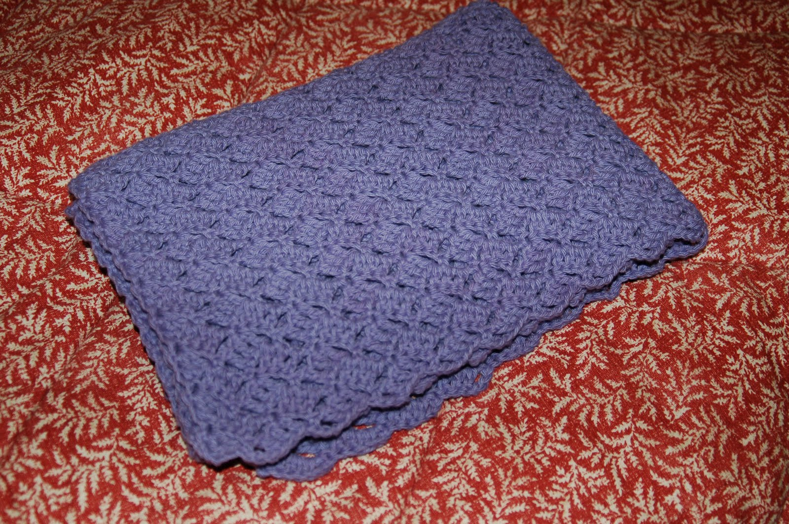 Crochet Patterns Bernat Blanket Yarn : Living the Craft Life: Baby Blanket out of Handicrafter yarn
