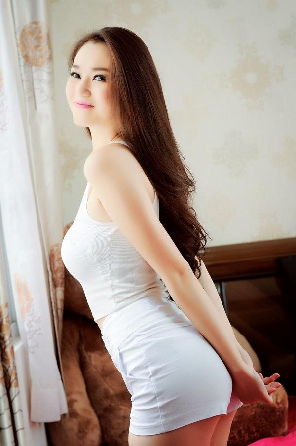 Photos of Khanh My Vietnamese model