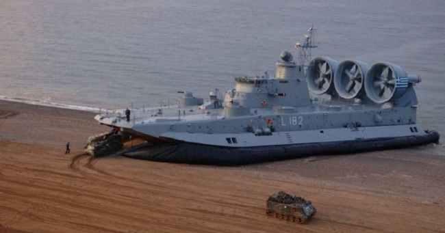 Επανέρχονται σε υπηρεσία όλα τα αερόστρωμνα ZUBR του Πολεμικού Ναυτικού μετά από 16 χρόνια «φαγούρας»