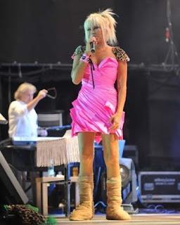 Ajda Pekkan Elbiseleri