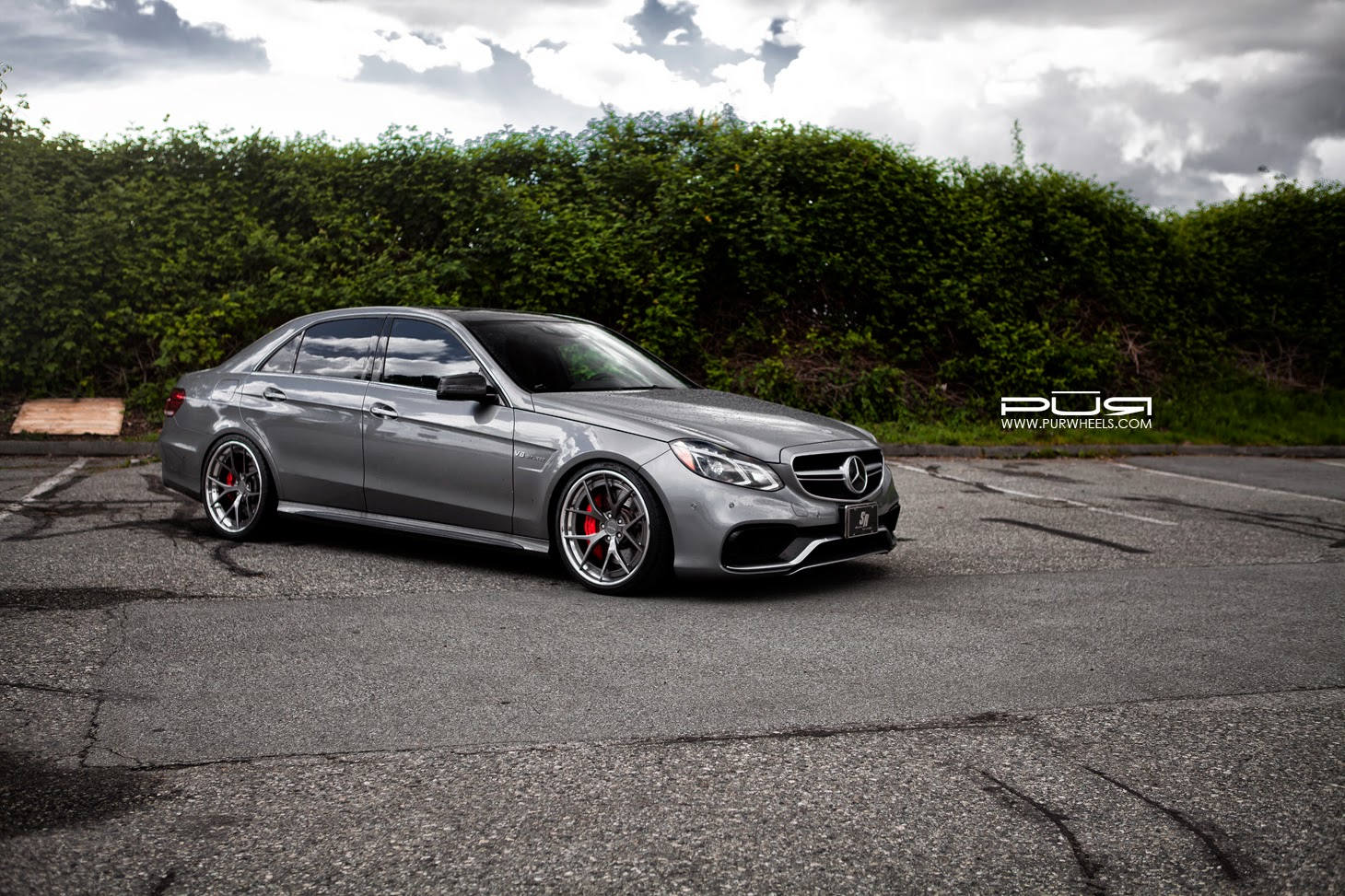Mercedes benz w212 e63 amg facelift on pur wheels benztuning for Amg wheels for mercedes benz