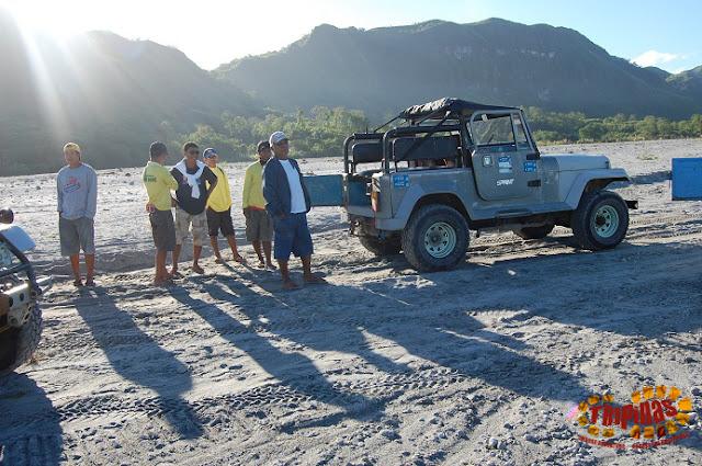 Mt pinatubo jeeps