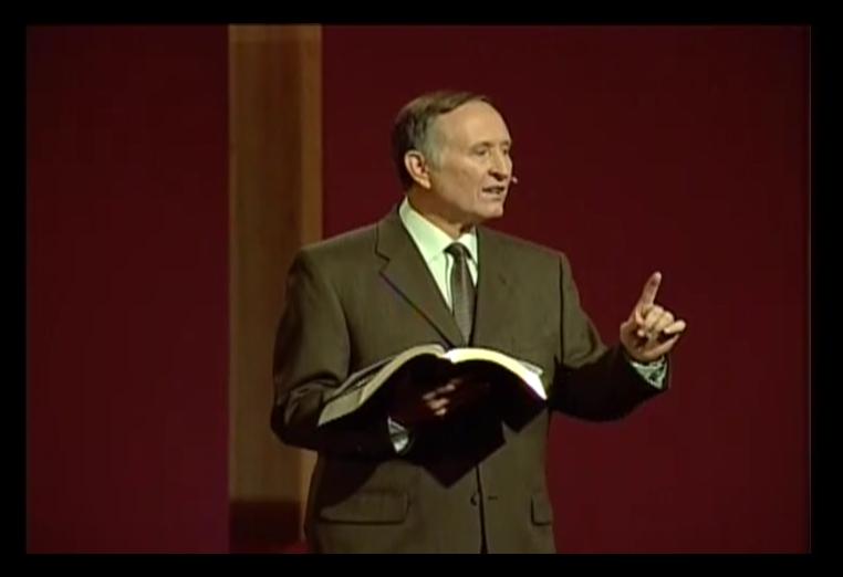 Pastor Esteban Bohr