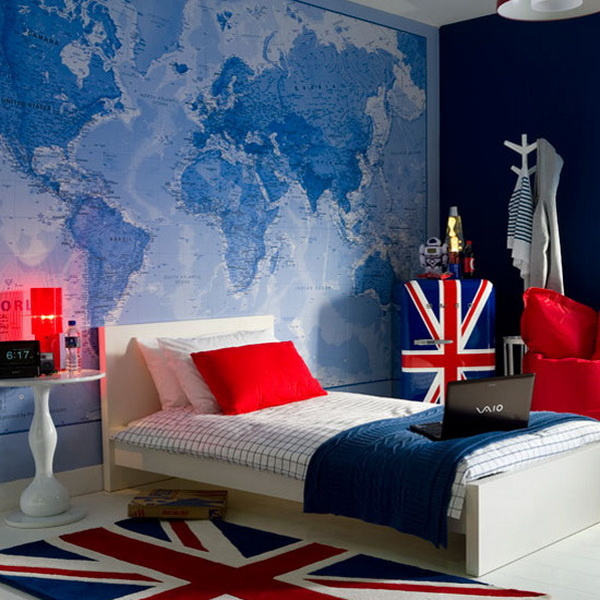 map-decor-in-the-childs-room