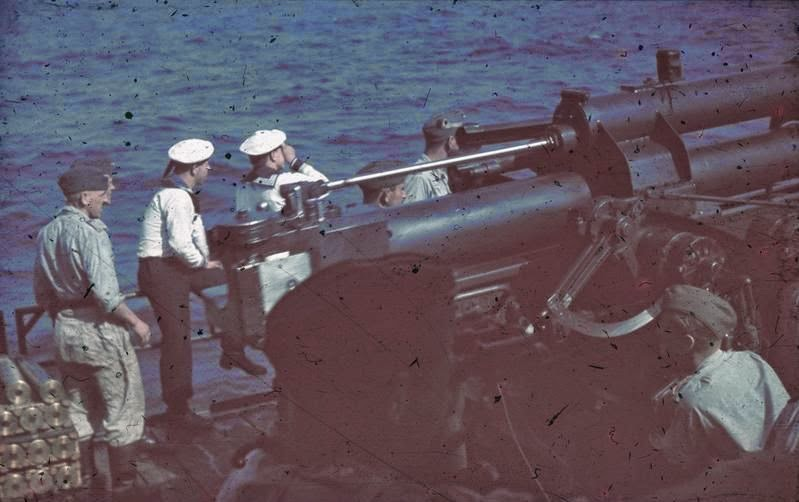 the early problems of the standard torpedo The standard torpedo of the war it suffered from early problems with its internal depth-keeping equipment, and its firing pistol,.