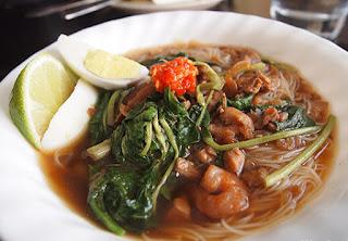 Resep Bihun Kuah Sayur Kangkung Gurih dan Pedas