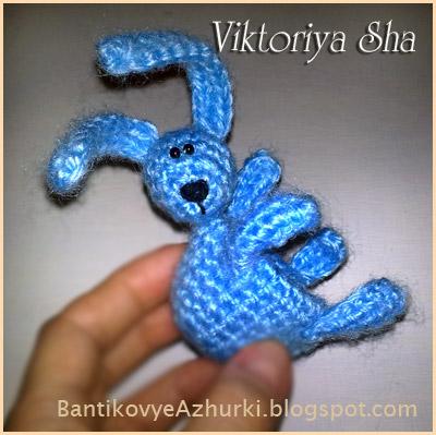 подставка для яйца на Пасху_вязанный пасхальный кролик