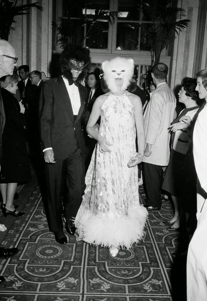 Oscar de la Renta with Francoise de Langlade by AP Images | Ses Rêveries