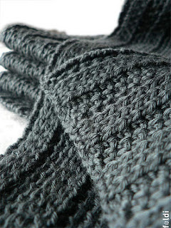 machine knitted passap ribbed scarf