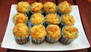 Muffins με φέτα, κολοκυθάκι και πιπεριά