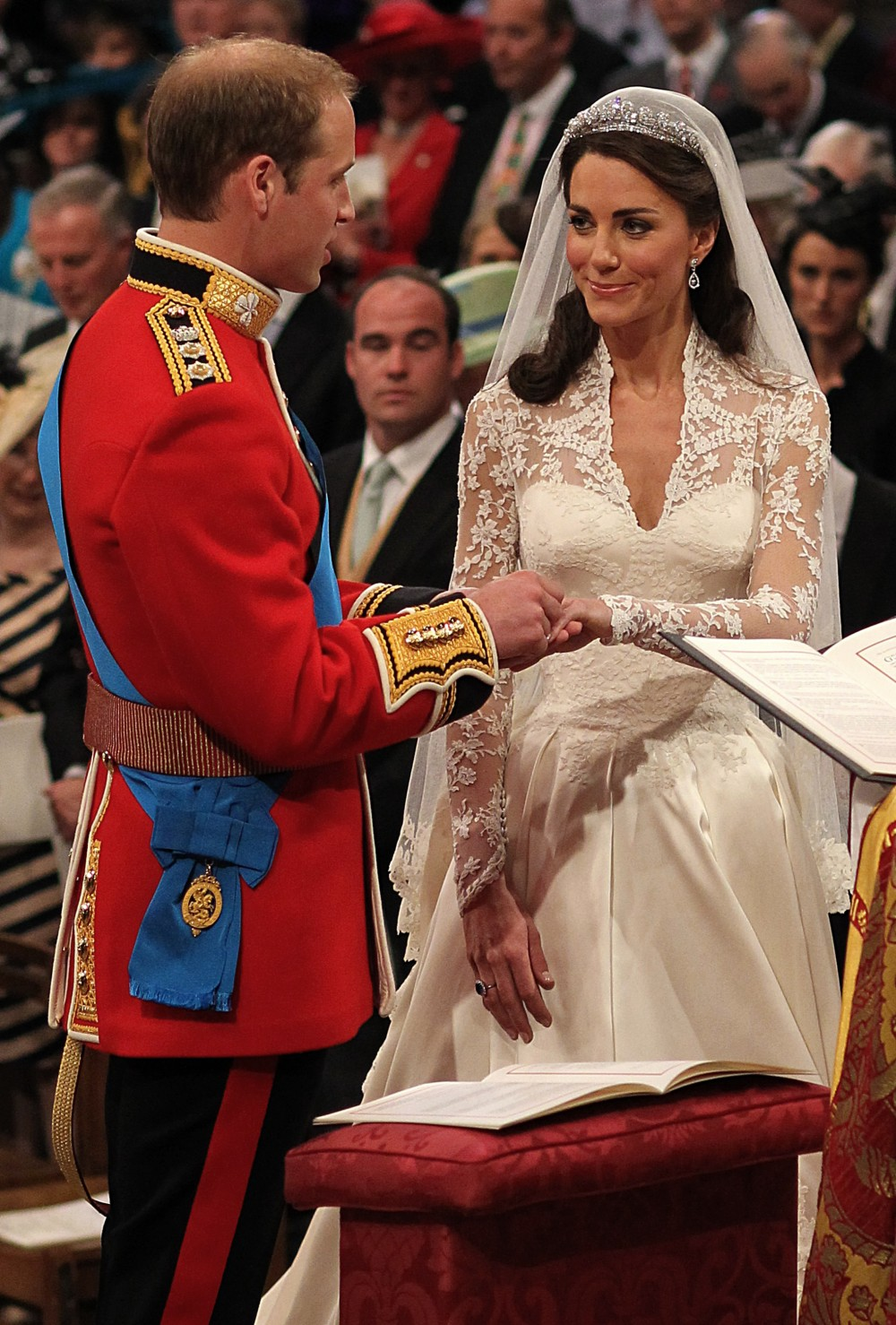 HQ Images 4 U: Prince William and Catherine Middleton ...