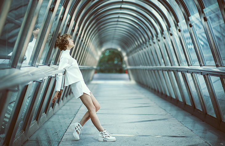 photography in la Défense, fashion blogger das sheep, total white look