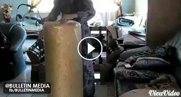 VIDEO: Apabila Gadis Ayu Dari Sarawak Ini Baiki Sofa Ibunya Sendiri, Hasilnya Amat Menakjubkan