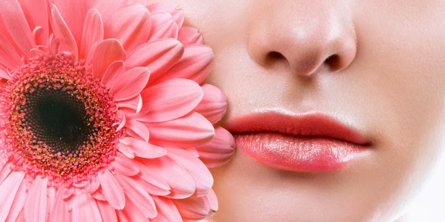 Tips Merahkan Bibir Yang Sangat Mudah